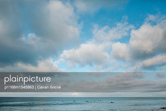 p1166m1545863 von Cavan Social