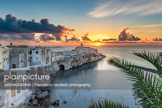 p651m2033845 von Francesco Iacobelli photography