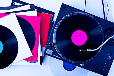 Turntable and records - p1149m2021183 by Yvonne Röder