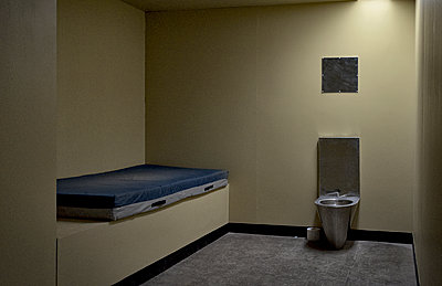 Prison cell - p1125m1582880 by jonlove