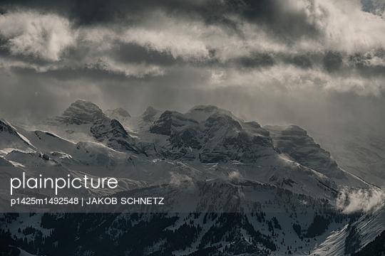 Berglandschaft Zentralschweiz - p1425m1492548 von JAKOB SCHNETZ