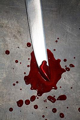 Knife and blood - p2380231 by Anja Bäcker