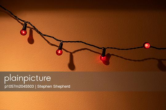 Lichterkette - p1057m2045503 von Stephen Shepherd