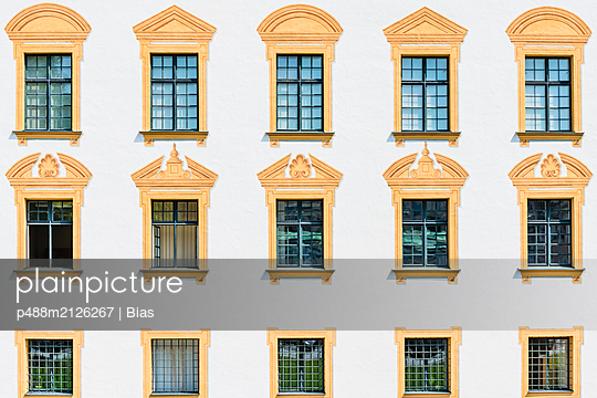 Fensterfassade - p488m2126267 von Bias