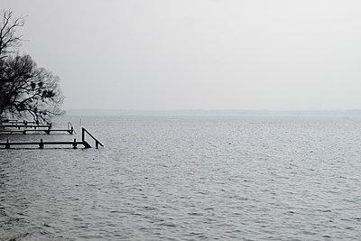 Starnberger See Hochwasser - p1190m1548236 von Sarah Eick