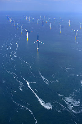 Offshore wind farm 'Riffgat' - p1016m907552 by Jochen Knobloch