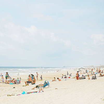 Carolina Beach - p9760005 by Valerie Chiang
