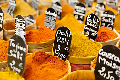 Spices - p756m2125156 by Bénédicte Lassalle