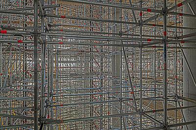 Scaffolding - p1292m2151594 by Niels Schubert