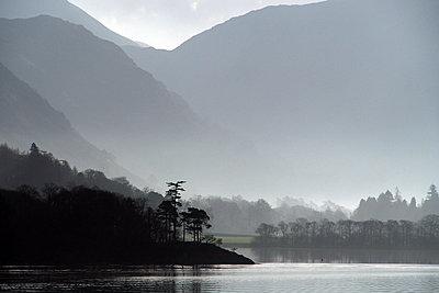 Ullswater, Lake District National Park, Cumbria, England, United Kingdom, Europe - p871m1188309 by Martin Pittaway