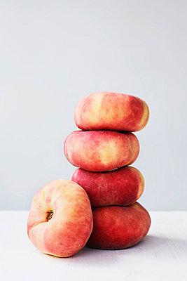 Peaches - p1006m1051194 by Danel
