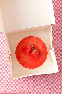 Take away cake - p454m1028020 by Lubitz + Dorner