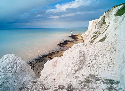 Beachy Head Lighthouse, Sussex, England - p429m976371 by Planet Pictures