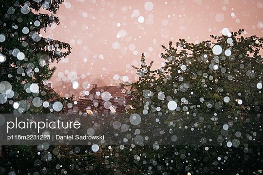 p118m2231223 by Daniel Sadrowski
