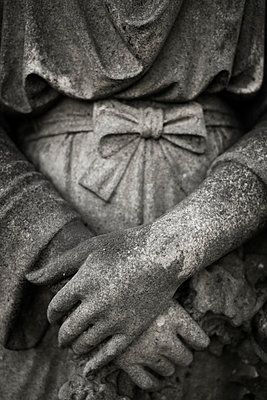 Stone statue in a graveyard - p1228m1123020 by Benjamin Harte