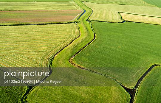 Netherlands, Fields - p1132m2196964 by Mischa Keijser