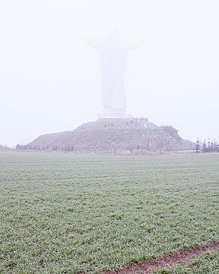 Christus-König-Statue, Świebodzin, Polen - p1214m1020418 von Janusz Beck