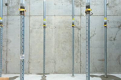 Baustelle - p427m1072630 von R. Mohr
