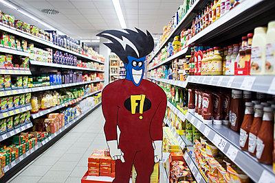 Superheld im Supermarkt - p1301m2021026 von Delia Baum