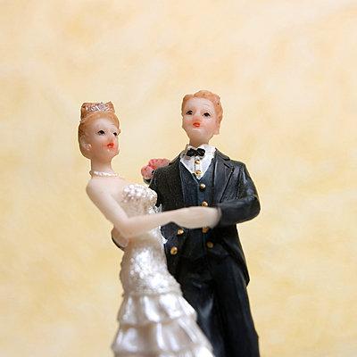 Wedding figures - p8130304 by B.Jaubert