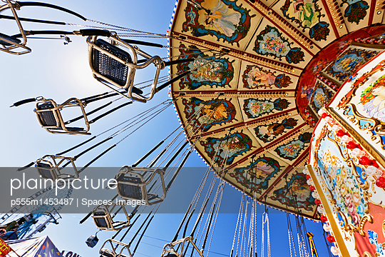 Swing Ride at the Fair - p555m1453487 by Spaces Images