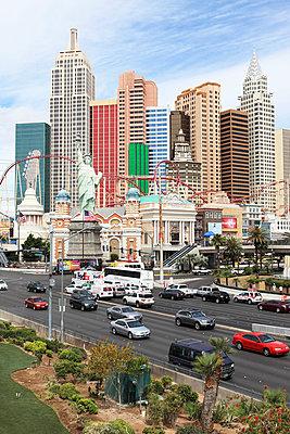 NY City Nachbau in Las Vegas - p045m702551 von Jasmin Sander