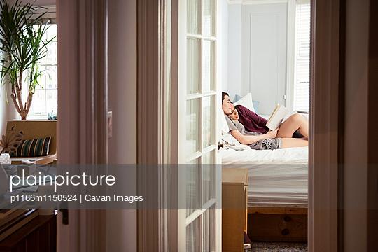 p1166m1150524 von Cavan Images