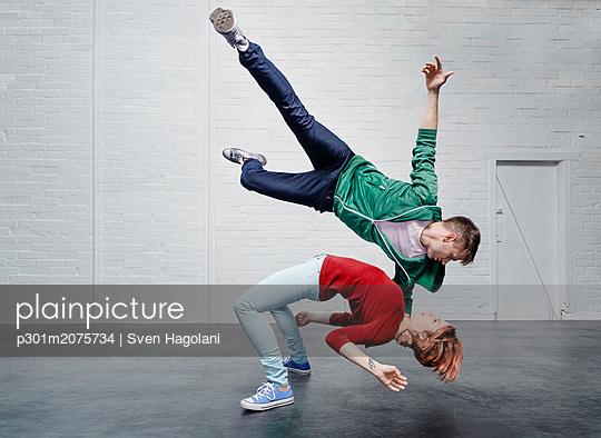 p301m2075734 von Sven Hagolani