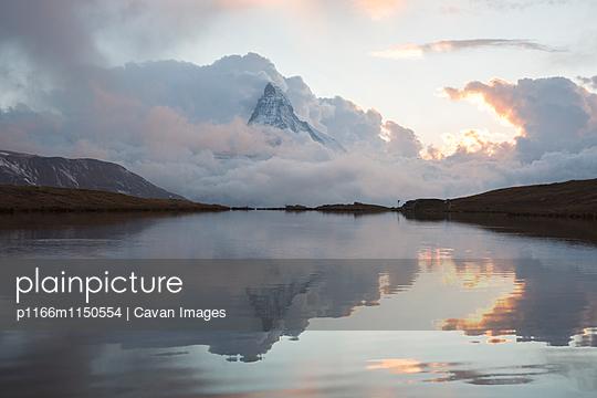 p1166m1150554 von Cavan Images