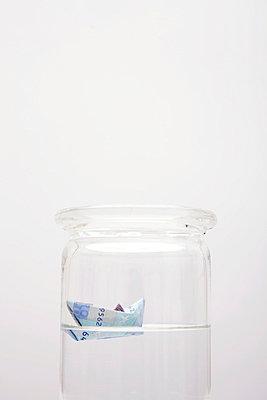 Geld auf Reisen - p4540585 von Lubitz + Dorner