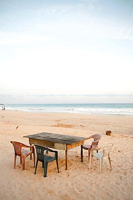 Strandparty - p795m1031472 von Janklein