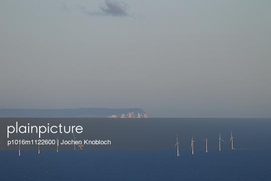 Windpark vor Zingst - p1016m1122600 von Jochen Knobloch
