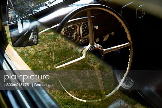 Detail of a vintage car - p300m2131751 by Bernados