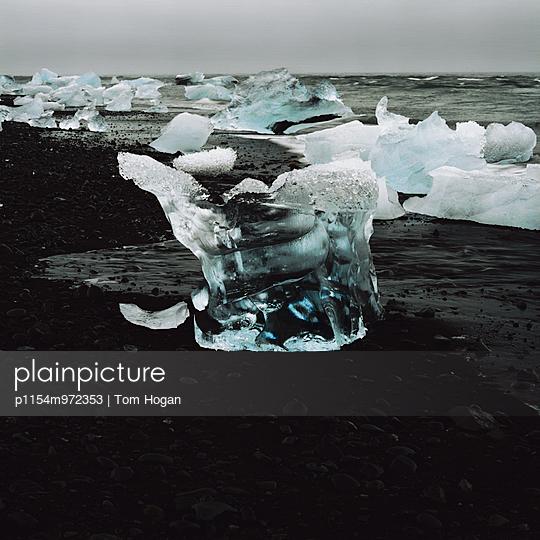 Blaues Eis, Südküste, Island - p1154m972353 von Tom Hogan