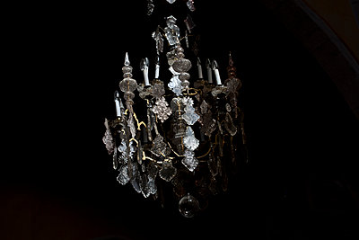 Chandelier - p212m901150 by Edith M. Balk