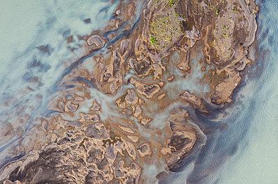 River by da drone - p1585m2285338 by Jan Erik Waider