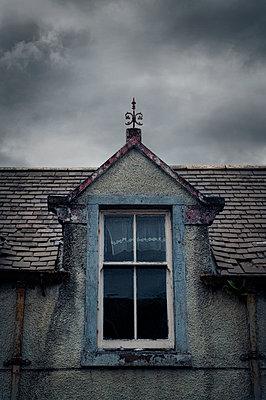 House in Stornaway – Scotland - p470m2128869 by Ingrid Michel