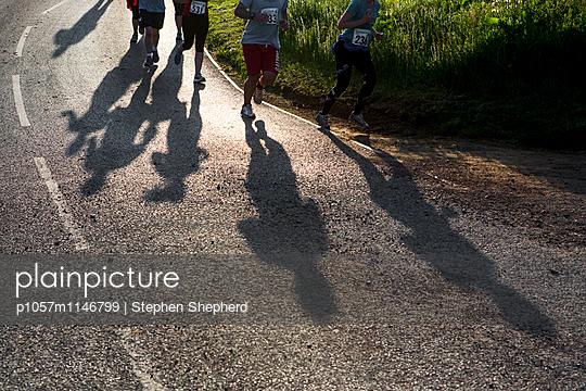 Jogger - p1057m1146799 von Stephen Shepherd