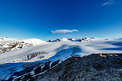 Alaska, Camping on a glacier - p1455m2204790 by Ingmar Wein