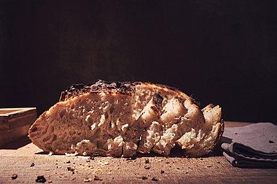 New bread - p913m2134626 by LPF