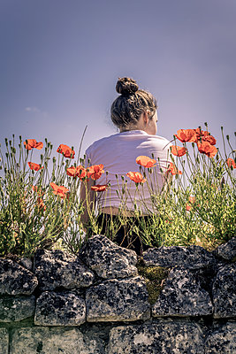 Poppies Girl - p1402m2185607 by Jerome Paressant
