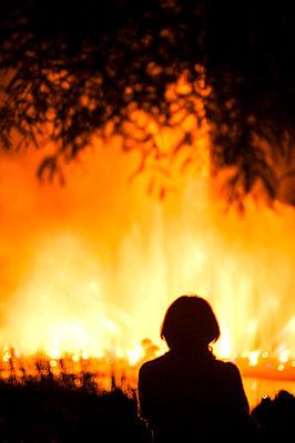 Feuer - p971m933354 von Reilika Landen