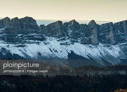 p910m2233876 by Philippe Lesprit