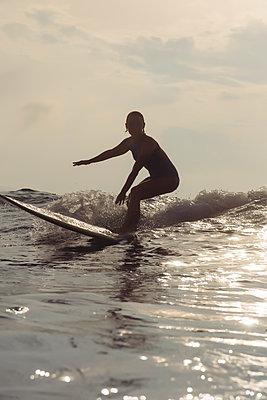 Surfen, Bali - p1108m1510325 von trubavin