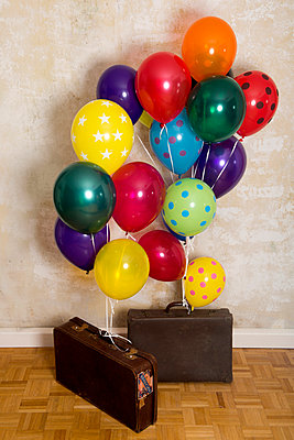 Suitcases with balloons - p451m953153 by Anja Weber-Decker