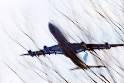 Plane in motion - p7190115 by Rudi Sebastian