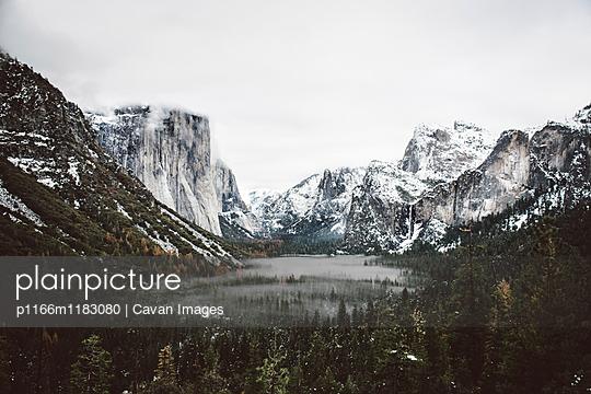 p1166m1183080 von Cavan Images