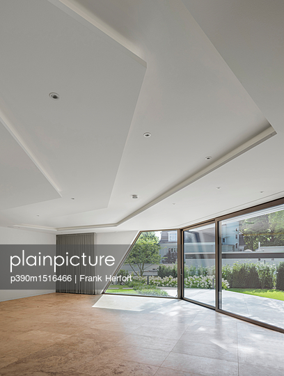 Interior design of a futuristic house - p390m1516466 by Frank Herfort