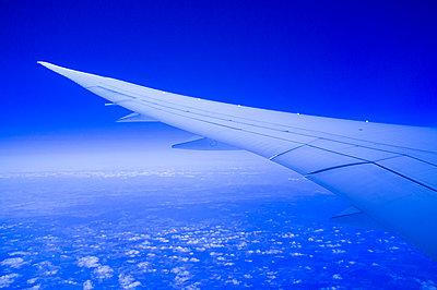 View of airplane wing - p1096m2122670 by Rajkumar Singh