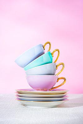 Cups - p1149m2263089 by Yvonne Röder
